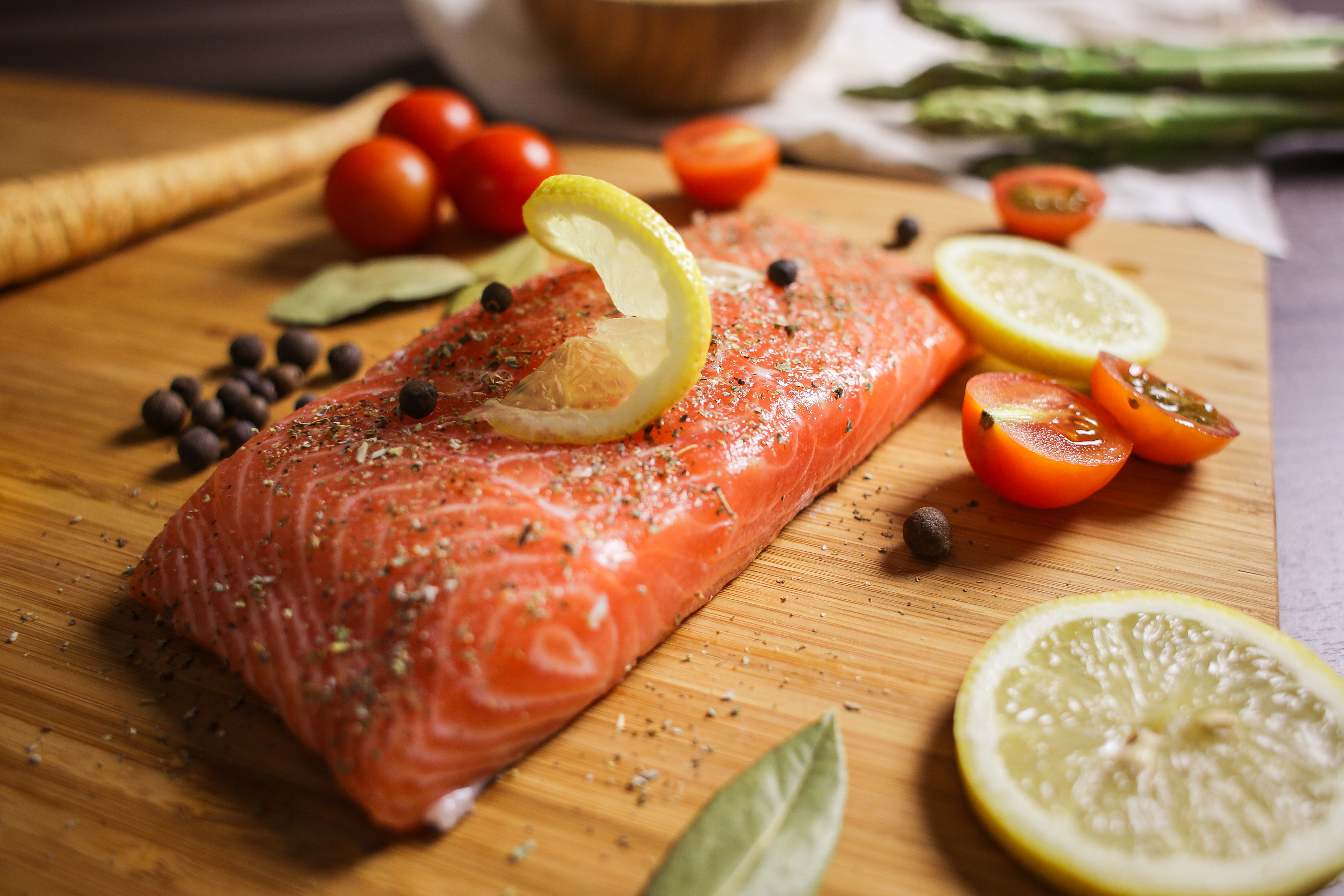 preparing-salmon-steak-close-up-picjumbo-com